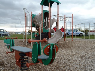 Highview Meadows Playground Equipment