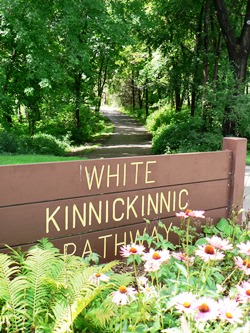 White Kinni Pathway with Flowers
